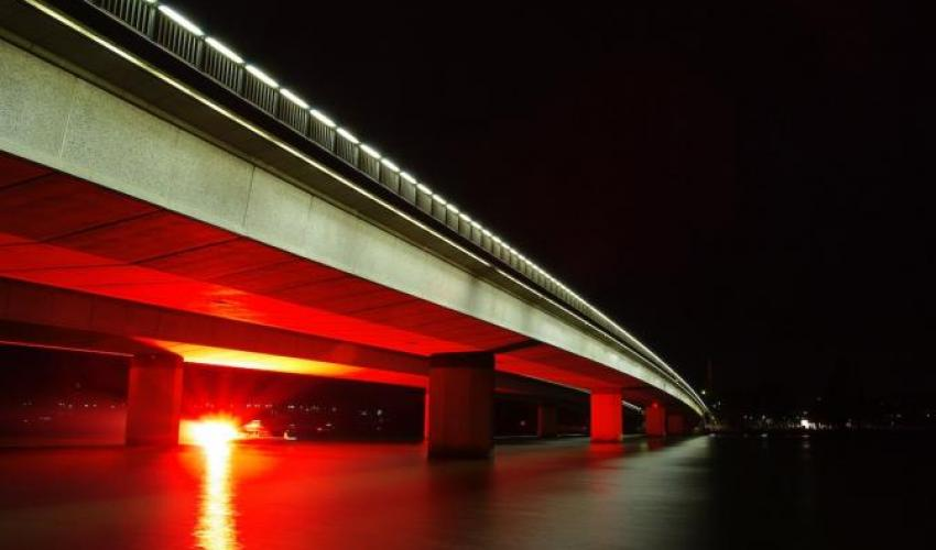 Photo of Commonwealth Bridge (Canberra, Australia), by Marty Southwell on Unsplash